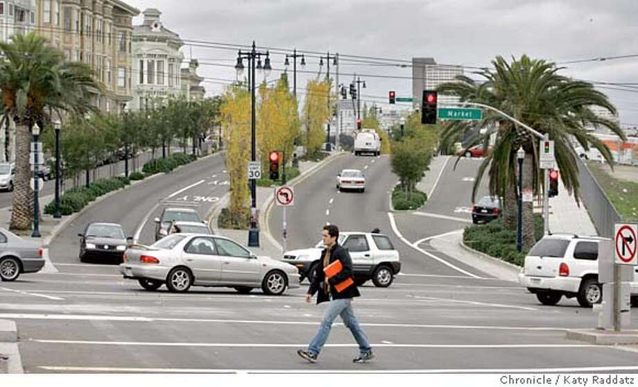 OCTAVIA28_009_RAD.jpg SHOWN: Octavia Blvd., seen from Market St. looking north. Story is about Octavia Blvd. between Hayes St. and Market St. These photos were made on Tuesday, Dec. 26, 2006, in San Francisco, CA. (Katy Raddatz/SF Chronicle)  * Mandatory credit for the photographer and the San Francisco Chronicle. ; mags out. Photo: Katy Raddatz
