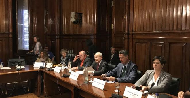Los senadores catalanes de designación autonómica, durante su comparecencia. EUROPA PRESS