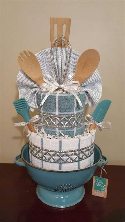 25  best ideas about Towel cakes on Pinterest   Towel