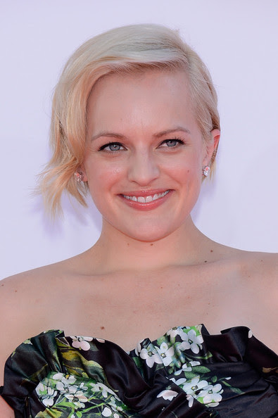 Actress Elisabeth Moss arrives at the 64th Annual Primetime Emmy Awards at Nokia Theatre L.A. Live on September 23, 2012 in Los Angeles, California.