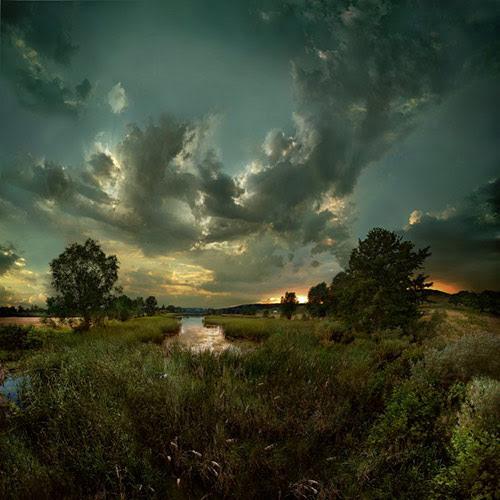 biosphere in 22 Impressive Examples of Dark Photography