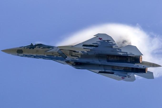 O caça furtivo russo Su-57 poderá em breve ter um robô no cockpit