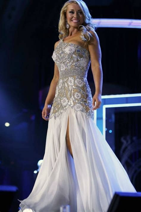 Best Adjectives to Use In Your Pageant Paperwork   Pageant