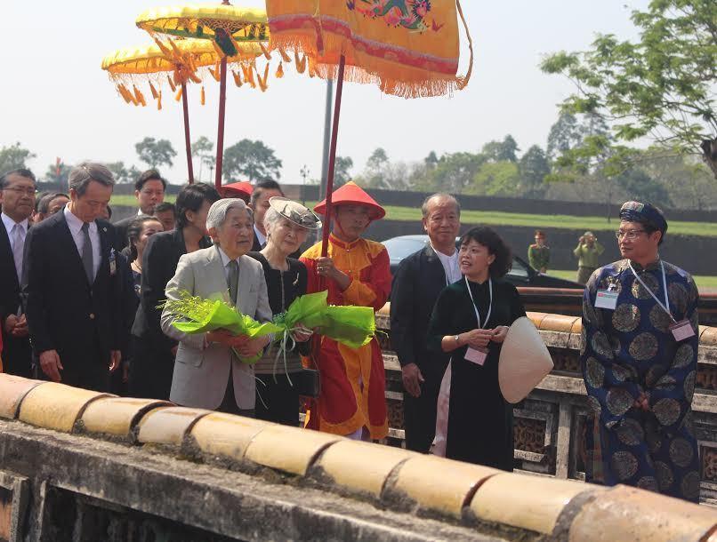 Nhật hoàng, Nhà vua Nhật Bản, Hoàng hậu Nhật Bản, Đại nội Huế
