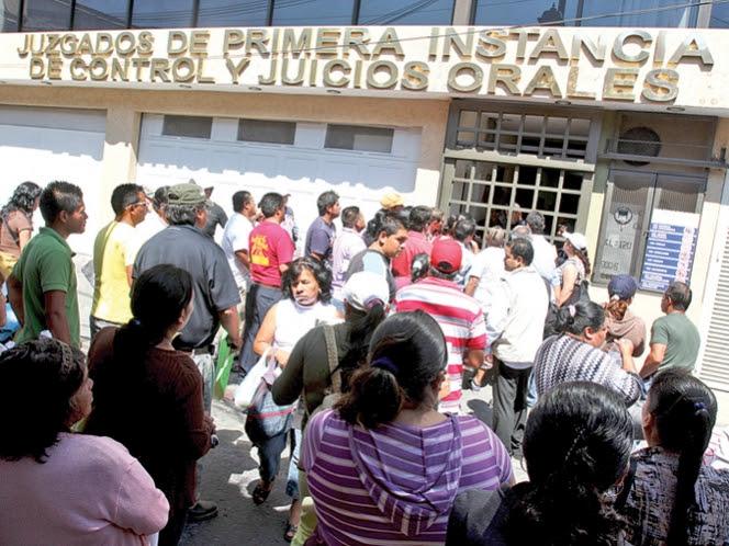 Vinculan a proceso a policías por ataque a procurador de Morelos