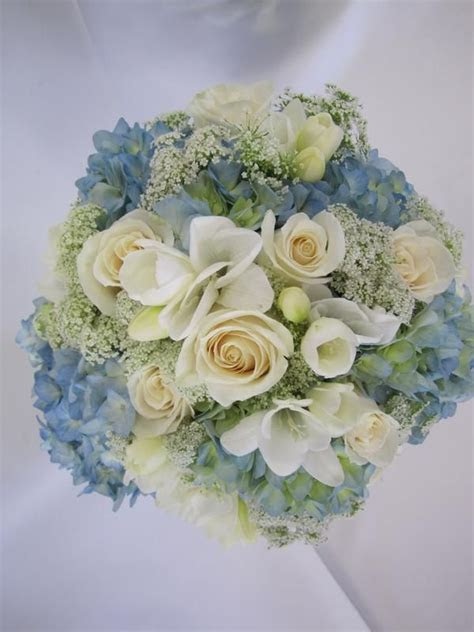 17 Best images about For Alison   Wedding Flowers on