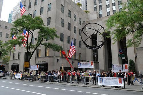 NYC-Rosary-Rally_group