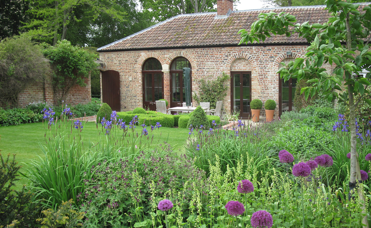 Amanda Patton Walled Garden Sussex 3