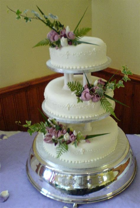 Plum Duff Pattesirie & Party Caterers   Cakes
