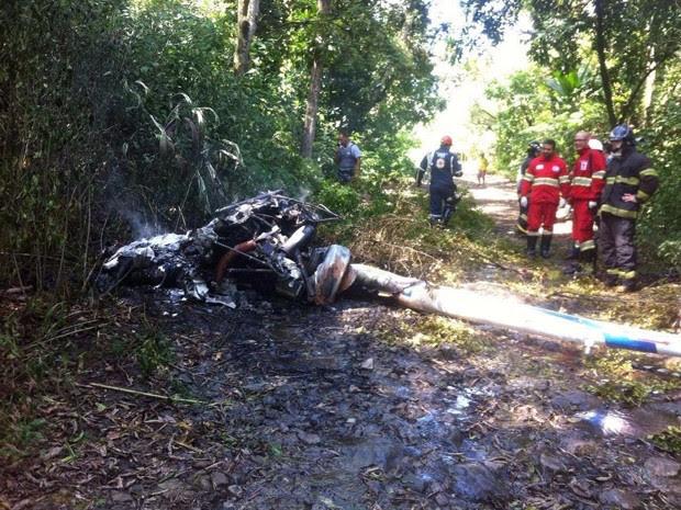 Partes da aeronave foram encontradas em Cubatão (Foto: G1)