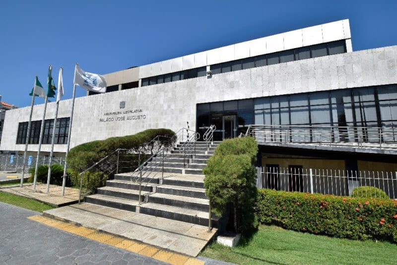 Assembleia Legislativa prorroga suspensão de atividades até 30 de abril