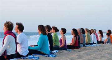 http://www.meditationfrance.com/2016-images/meditation-plage.jpg
