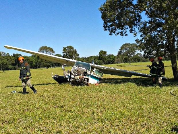 Acidente com aeronave foi no aeroporto Santa Maria, em Campo Grande (Foto: Chico Gomes/ TV Morena)