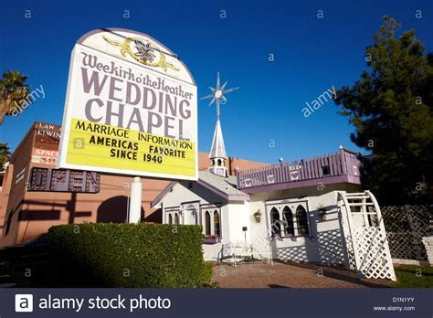 wee kirk o the heather wedding chapel on the strip Las