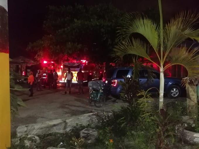 VARIAS VIVIENDAS DESTRUÍDAS POR INCENDIO EN SAN JUAN; SE ESTIMA HAY 6 FAMILIAS AFECTADAS