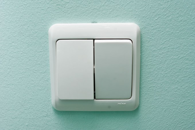 Как разобрать выключатель света?