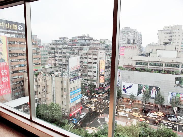 regent taipei hotel window view