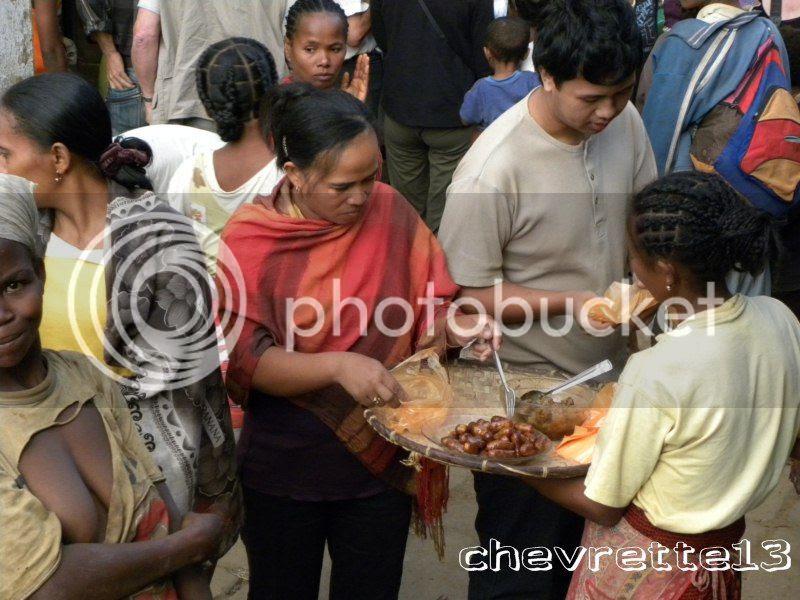 http://i1252.photobucket.com/albums/hh578/chevrette13/Madagascar/DSCN1234800x600_zps664408d2.jpg