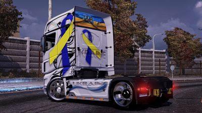 2014-02-22-Scania R700 Ukraine-2s