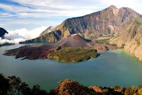 Gambar Pemandangan Gunung Rinjani