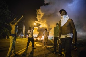 ferguson-rioters1
