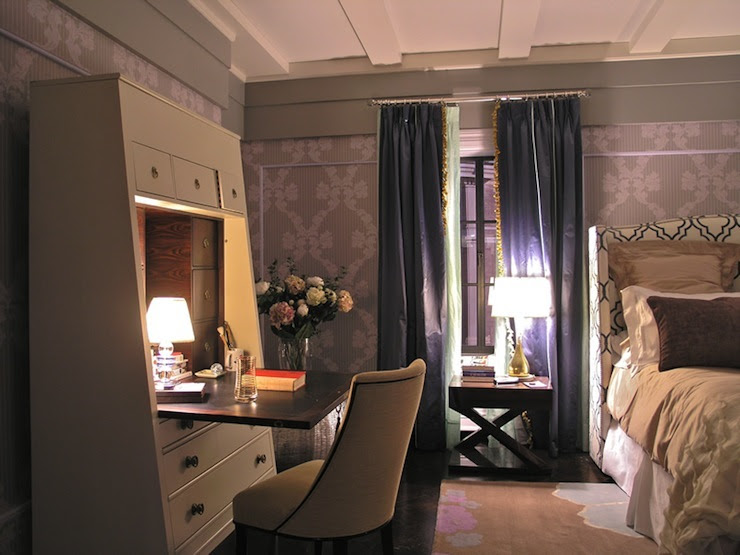 Suzie: Marks & Frantz - SATC Gorgeous bedroom with Cole & Sons Rococo Damask Wallpaper,  Thomas ...