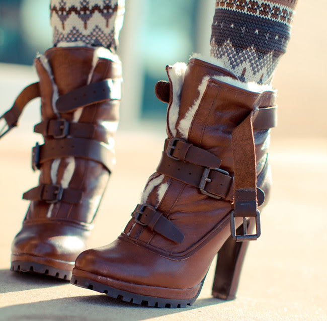 Faux fur Fashion, Nasty Gal, Dolce Vita boots, Givenchy Nightingale