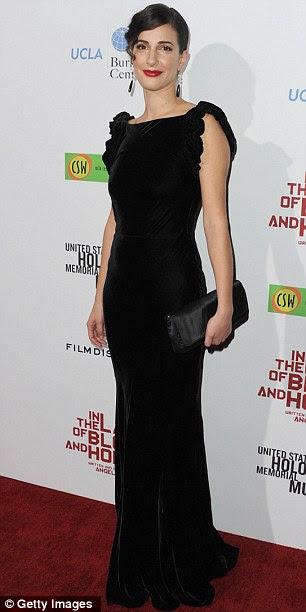 Elegante: Os membros do elenco Zana Marjanovic e Vanessa Glodjo chegar em desgaste da noite elegante para o evento de Los Angeles