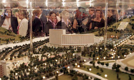Presentación en Castellón de la maqueta del proyecto Marina D'Or Golf.