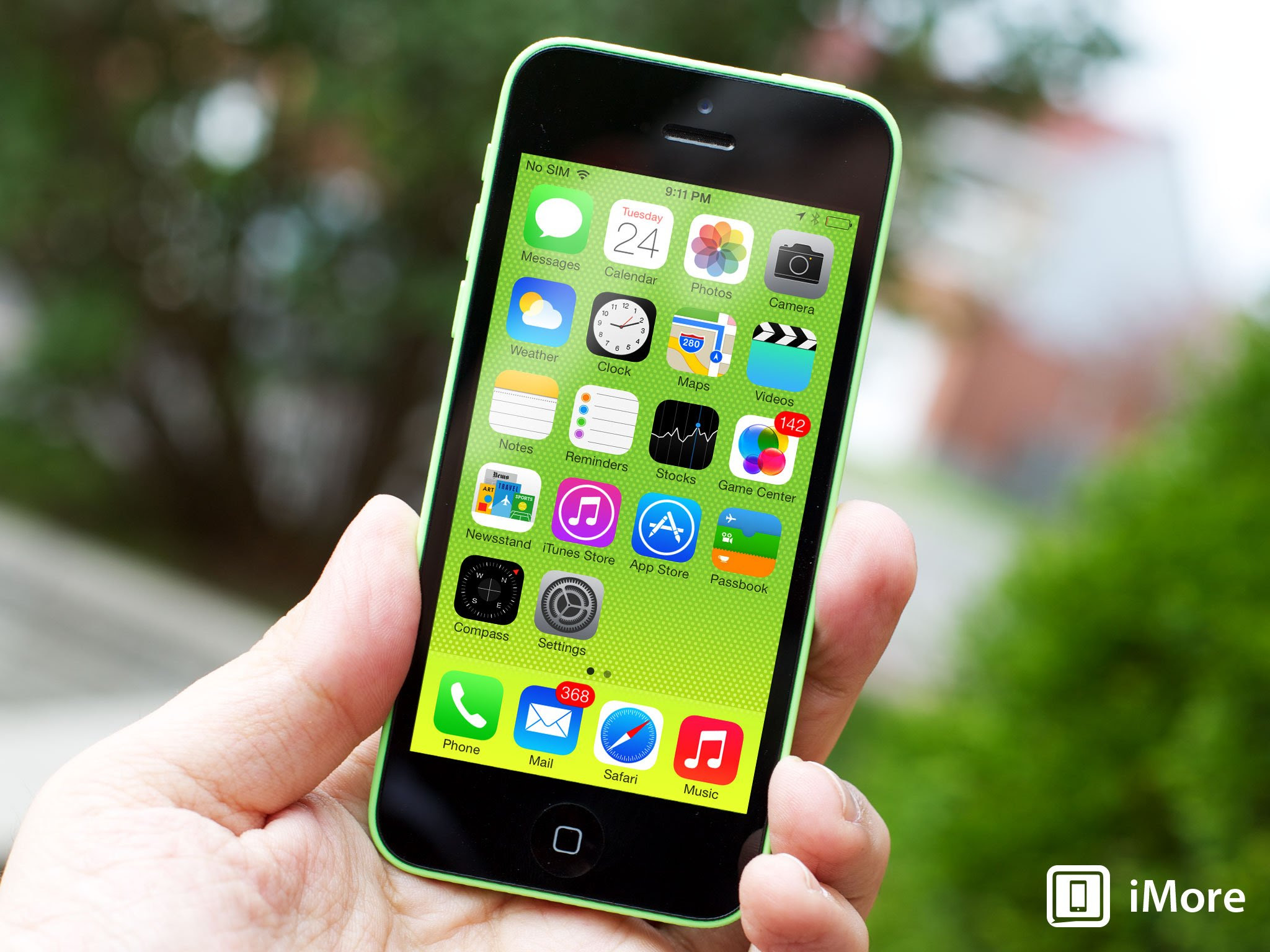 iOS 7.0.6 and 6.1.6 released with bug fixes