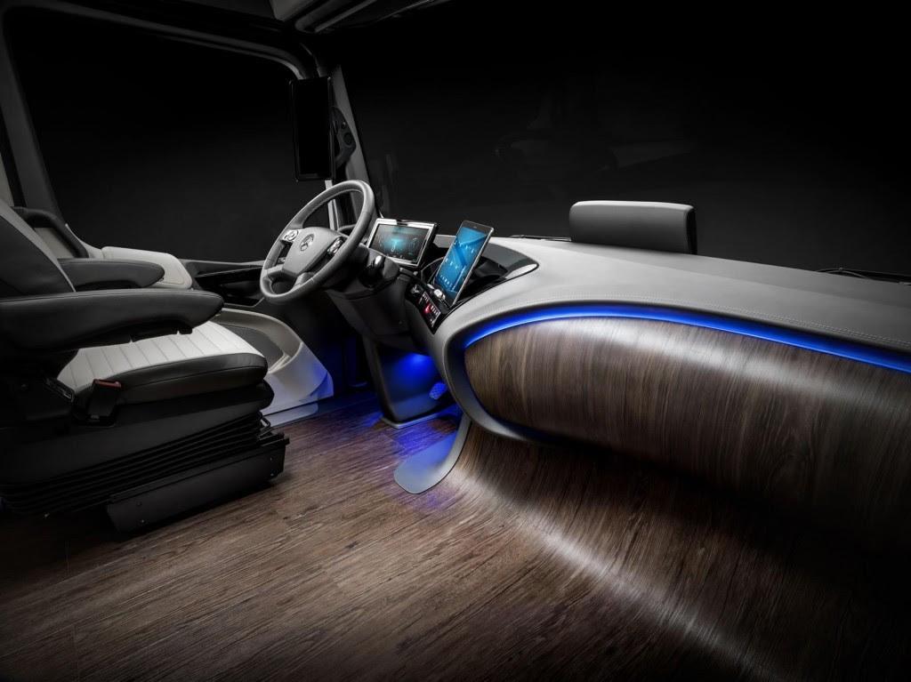 Meet Mercedes-Benz's Futuristic Autonomous Truck Concept ...