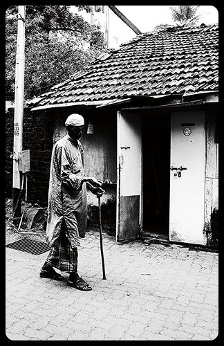 Razman Mubarak Aya .. Garibon Ka Dil Bhar Aya .. by firoze shakir photographerno1