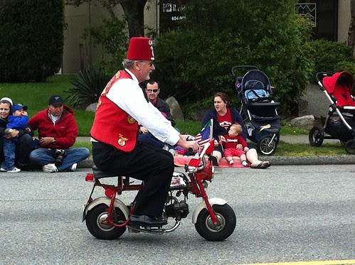 Shriner revving up the parade