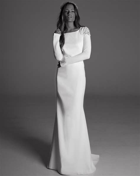 Winter Wedding Dress Tips from Designers   InStyle.com
