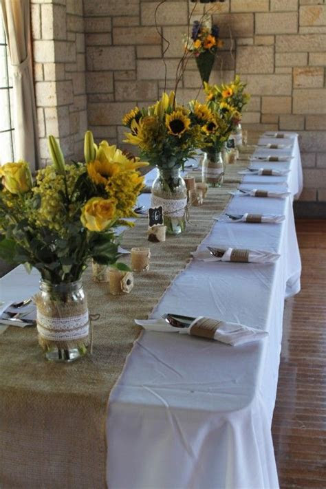 Raven Lodge   Huntsville State Park table set up for