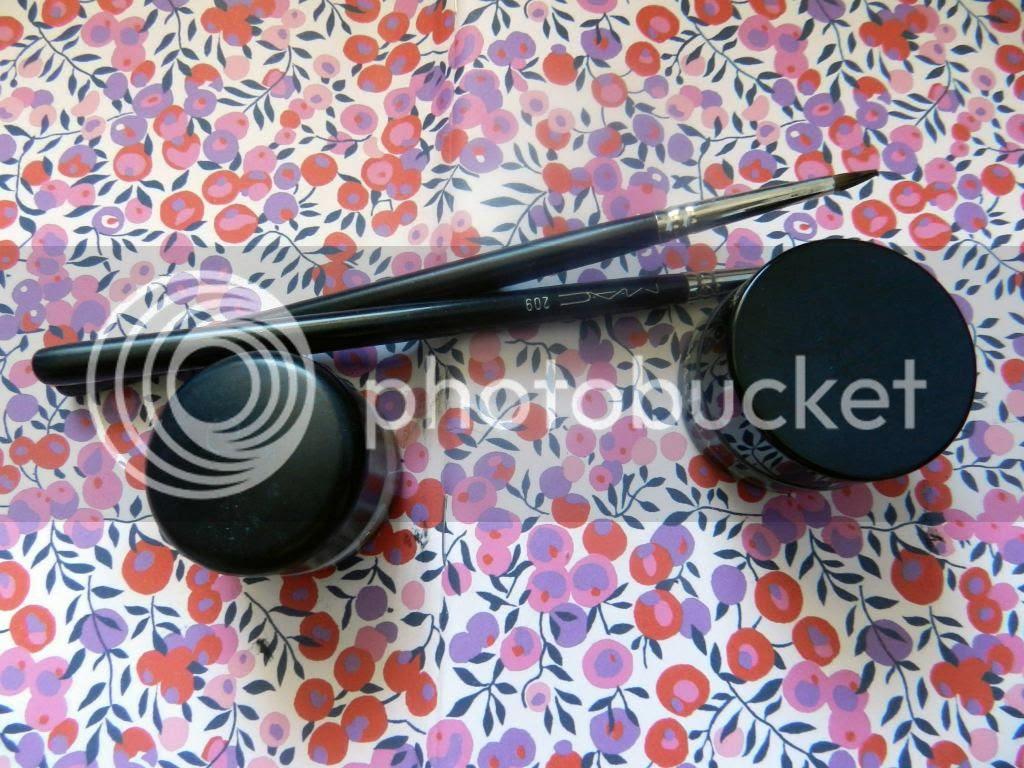 MAC fluidline and Illamasqua precision gel liner pots with MAC 209 eyeliner brushes