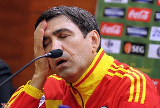 Μπαίνει σε μοναστήρι ο προπονητής της Ρουμανίας!