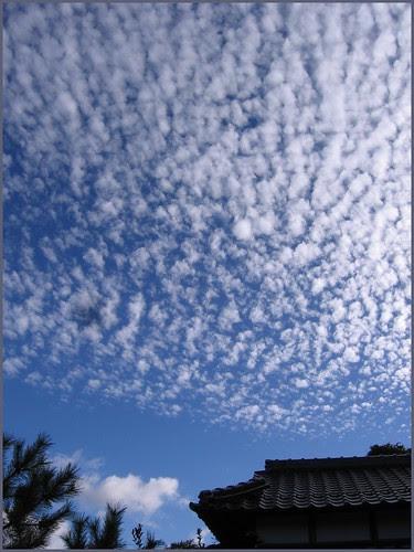 73 Ryosanji iwashigumo clouds sky END of Ryosanji