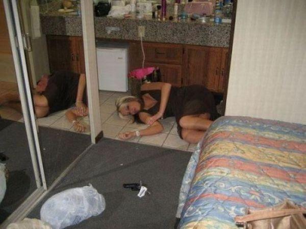 Девушки перебрали (107 фото)