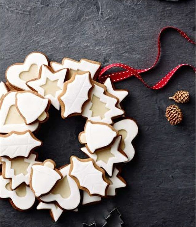 photo Spiced Lemon Cookie Wreath_zpsylylieww.jpg