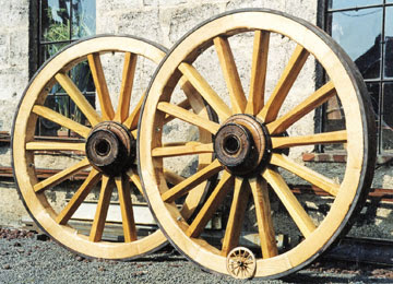 Wooden Cart Wheels Restoration And Fabrication Horse Drawn Carriage Wheels Hippomobile