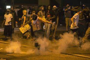 Missouri entra em estado de emergência por temer violência racial