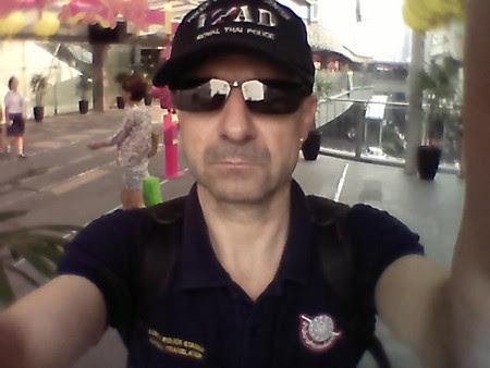 lumpini police station interpreter bangkok tailandia policía
