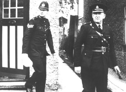 police outside 11 Wayfield Crescent, 1948
