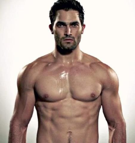 Tyler Hoechlin - this pic is not new... but it never gets old, either. Love you, Tyler!