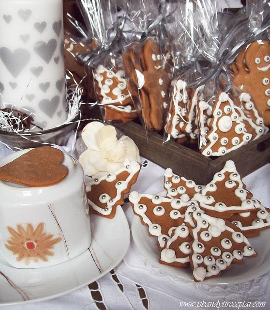 Imbieriniai sausainiai su melasa