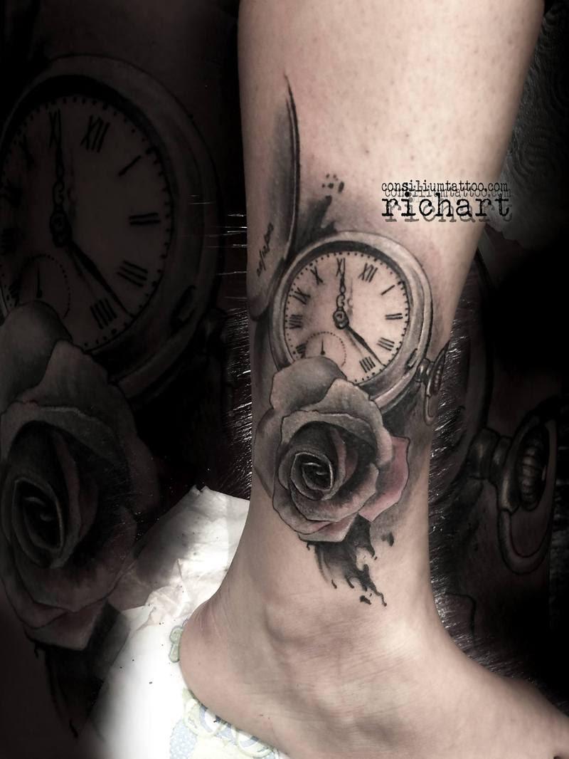 Tatuaje Reloj Tattoo Rosa