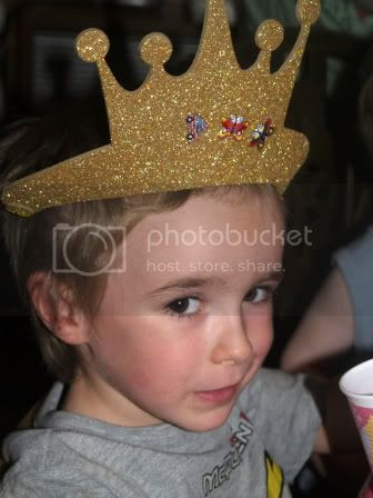 Connor crown craft Bellas 5th Birthday party