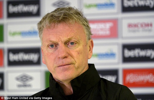Manager David Moyes maintains there will be no contract discussions until West Ham are safe