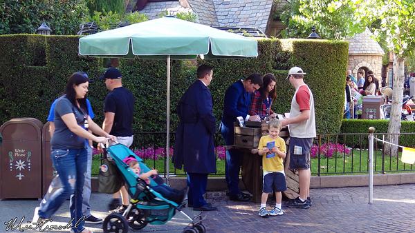 Disneyland Resort, Disneyland, Disability Access Service, DAS, Fantasyland, Kiosk